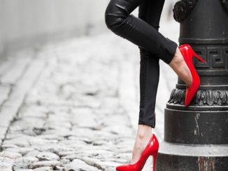 4 Things to Look for When Buying Women Shoes